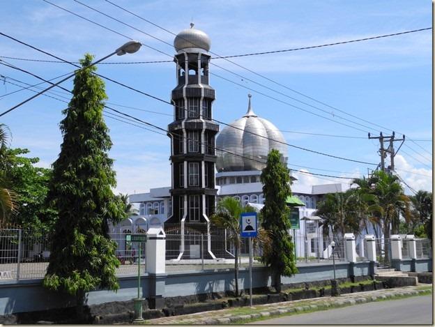 Мусальманская мечеть в Домпу