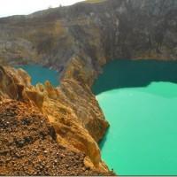 kelimutu_lakes-15_thumb.jpg