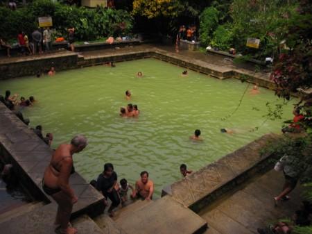 бассейн с горячими источниками Банджар