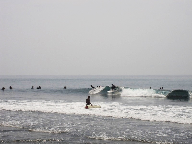 серферы Бали