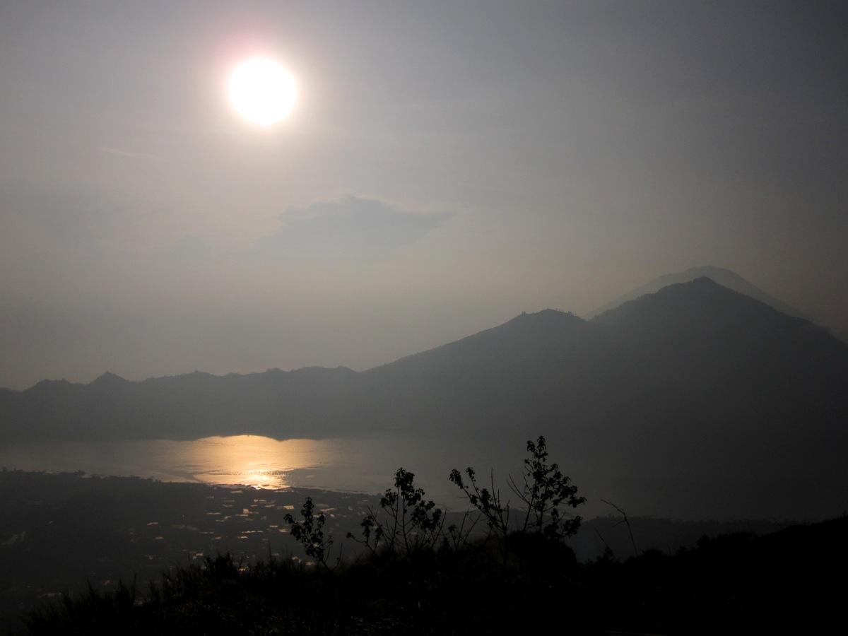 Вулканическое утро