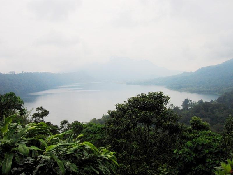 озеро Байян