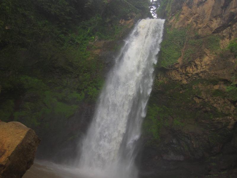 водопад Tiu Pupas