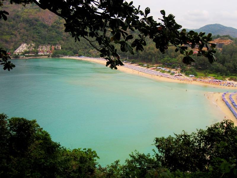 Пляж Nai Harn Beach