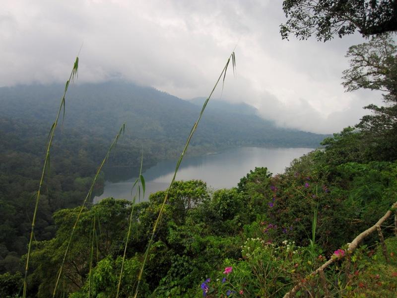 озеро Тамблинган