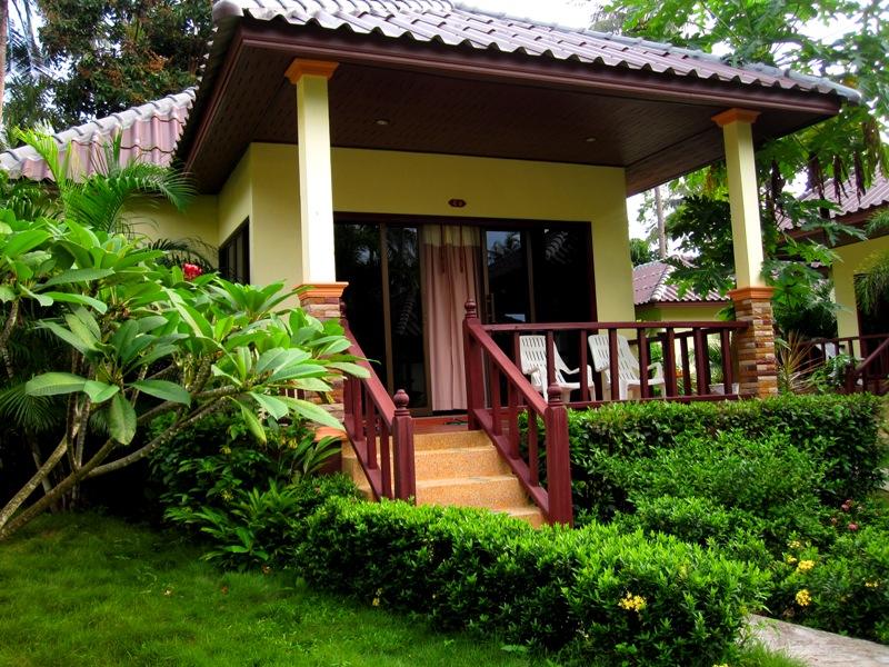 Ангар для нашего аэродрома на Ко Чанге на первую неделю. Bailan Beach Resort