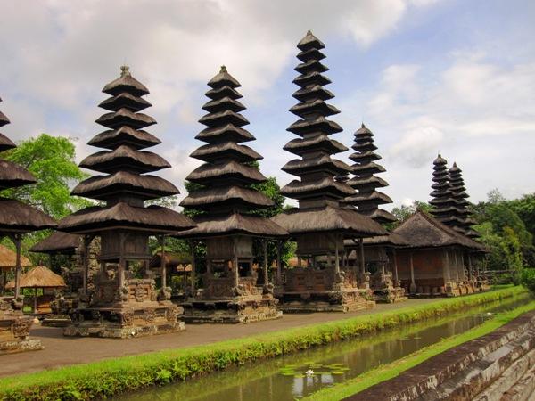 Фрагмент храма Taman Ayun