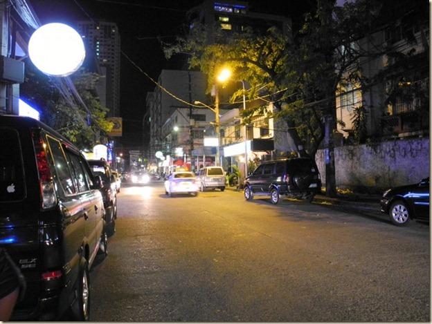 Переулок возле отеля