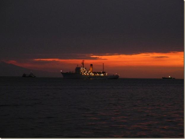 Закат над Манила Бей